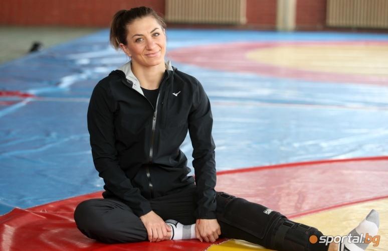 Интервю с Евелина Николова