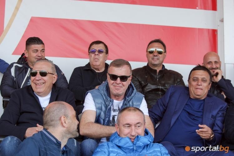 Награждаване на Царско село за шапиони във втора лига