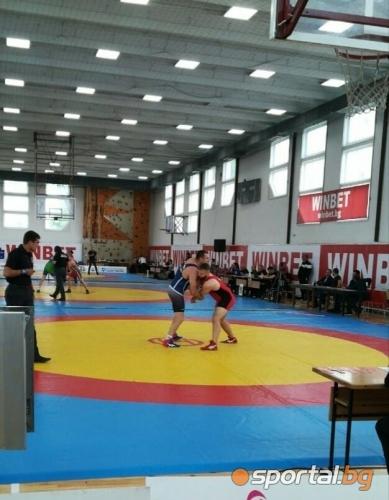 Държавен шампионат по борба във Враца