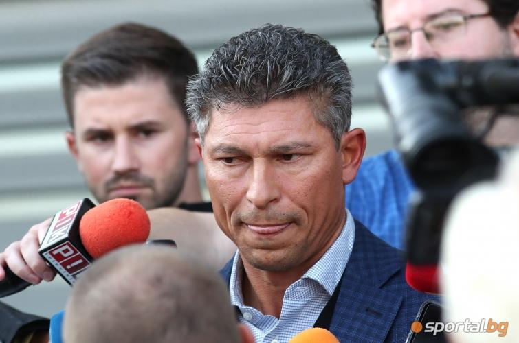 Красимир Балъков също подаде оставката си