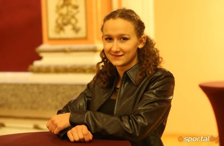 Светла Згурова