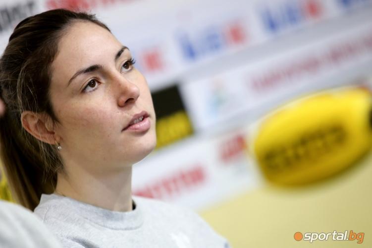 Женският национален отбор по волейбол преди олимпийската квалификация в Апелдорн