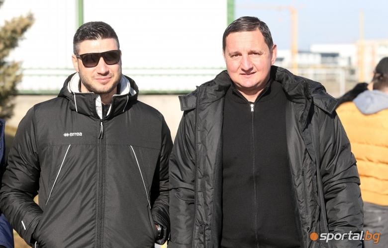 Кирил Котев , Асен Караславов
