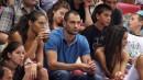 """Матей Казийски гледа баскетбол в """"Арена Армеец"""""""