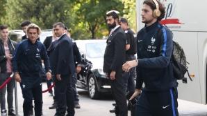 Звездите на френския национален отбор пристигнаха в София
