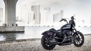 Harley-Davidson Forty Eight Special и Iron 1200