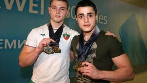 Световните шампиони по вдигане на тежести Карлос Насар и Стефчо Христов се прибраха в България
