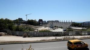 Продължават ремонтните дейности на стадионите във Варна