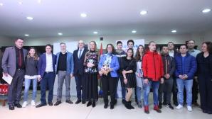 Стефка Костадинова и швейцарския посланик пожелаха успех на нашите състезатели за младежките олимпийски игри в Лозана