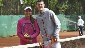 Вики Томова и Алекс Лазаров се завърнаха на кортовете