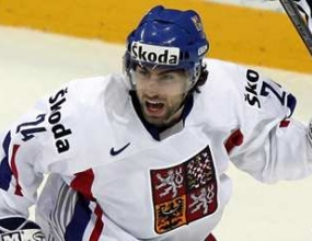 Чехия и Финландия стигнаха до полуфиналите на световното по хокей на лед
