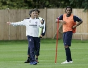 Жозе Моуриньо: Дрогба няма как да напусне Челси