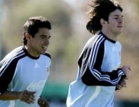 Меси и Хайнце в игра при победа на Аржентина