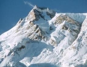 Николай Петков и Дойчин Боянов изградиха базов лагер на 4200 метра