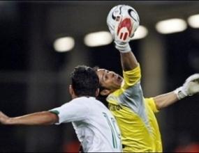 Вратар без клуб стана играч на мача Мексико - Ангола