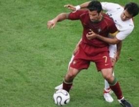 Луиш Фиго: Доволен съм от победата, но ни чакат още тежки мачове