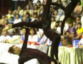 България се класира на финала на световното по спортна акробатика