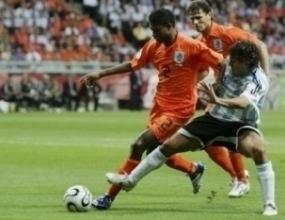 Аржентина удържа първото място след 0:0 срещу Холандия