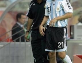Десен защитник на Аржентина отпада за мача с Мексико