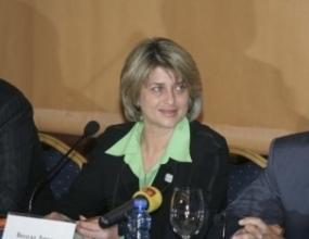 Весела Лечева: Не можем да наваксаме 15 години изоставане