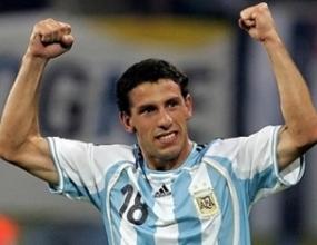 Медиите в Аржентина: Принц Максимо донесе избавлението!