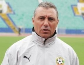 Стоичков инспектира тренировката на ЦСКА