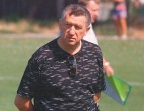 Майкъл Чорни нареди проверка на базата на Левски