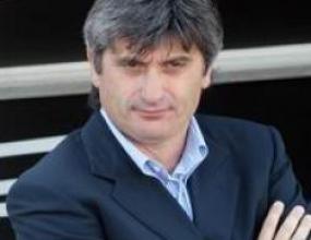 Аригони остава треньор на Ливорно
