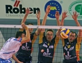 Левски-Сиконо е губил на 3 пъти от СКРА с 1:3