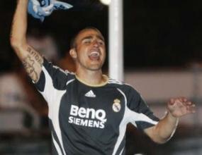 Ювентус предложи 6 милиона евро на Реал (М) за Канаваро