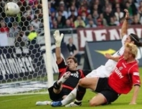 Хановер с Чавдар Янков разби Реал (Мадрид) в контрола