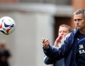 Челси постави ултиматум на Моуриньо -  Шампионската лига
