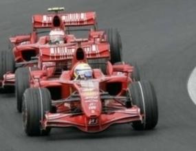 Ферари отвръща на удара