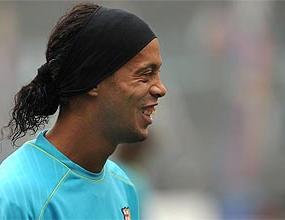 Само Роналдиньо зарадва Барселона днес