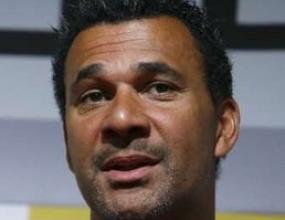 Рууд Гулит: Абрамович иска красив футбол, затова изгони Моуриньо
