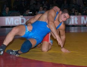 Николай Гергов няма да защитава титлата си на Евро'2008, сменя го Пламен Петров