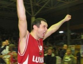Бойко Младенов с 10 точки в последния мач на Сплит в Адриатическата лига