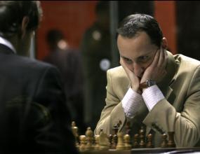 Веско Топалов загуби от китаец