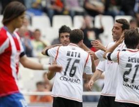 Валенсия изпрати сезона с триумф над Атлетико