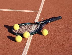 Разследват 45 съмнителни мача в тениса