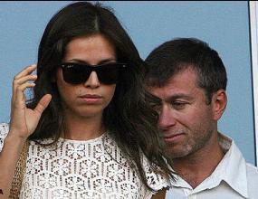 Абрамович дари гаджето си с изненада за 120 милиона