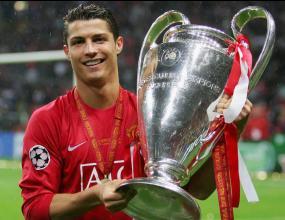 Роналдо: Отивам в Реал, само чакам да платят
