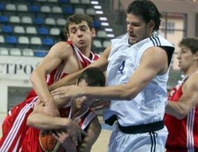 Националният отбор срази младежите в контрола