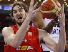 Испания прегази Ангола с 48 точки