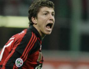 Милан излъга Наполи с гол в края
