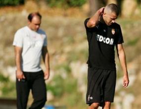 Рома и Монако преговарят за Менес