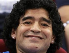 Марадона тренира с Аржентина преди финала в Пекин