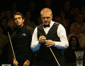 Убийствена първа сесия за О'Съливън на финала в Белфаст