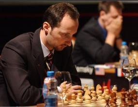 Топалов завърши реми с Теймур Раджабов в първия кръг на супертурнира в Билбао