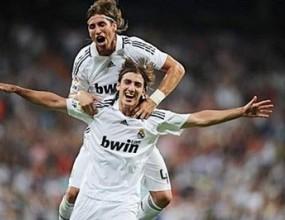 Реал предлага на Рамос десетгодишен договор